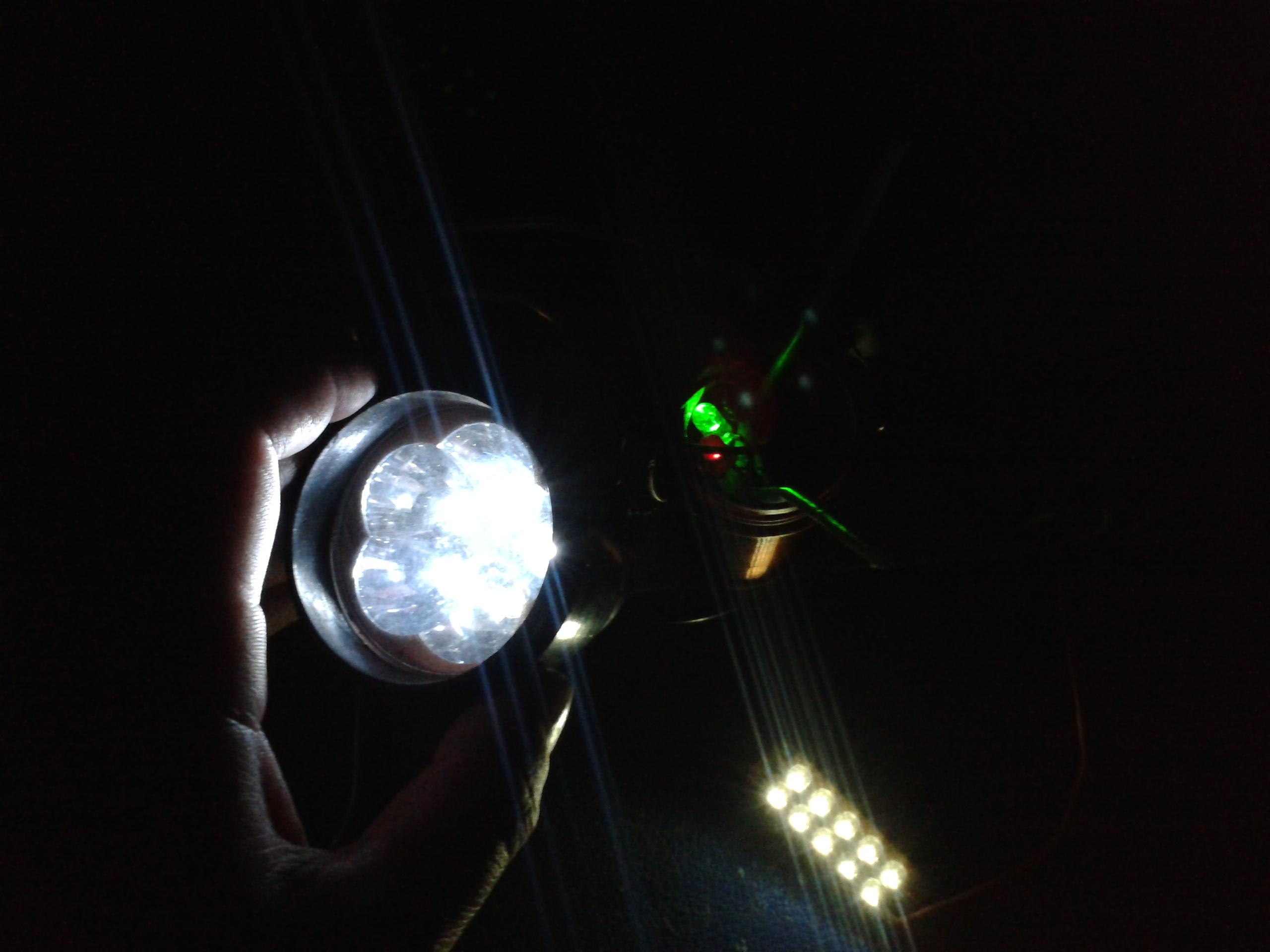 Ночник из светодиодов на батарейках